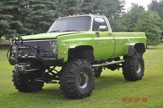 1987 k10 CHEVY PICKUP 4x4, MUST BE SEEN SHOW TRUCK 14 INCH LIFT