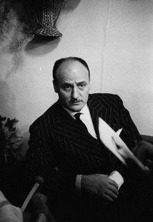 Pierre Balmain 1960, Fouinder