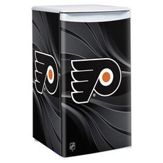 Use this Exclusive coupon code: PINFIVE to receive an additional 5% off the Philadelphia Flyers Primary Counter Height Refrigerator at SportsFansPlus.com