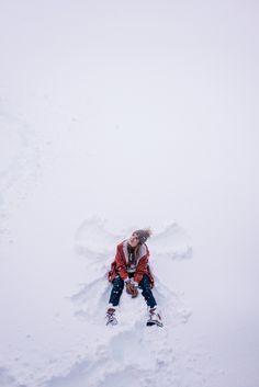 Gal Meets Glam Iceland Itinerary Part 3 -Rains raincoat, Geysir sweater, J.Crew turtleneck, Black ski pants, Zara beanie & Sorel boots