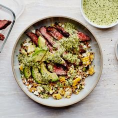 Grain Bowls with Grilled Corn, Steak, and Avocado _ga- also see article on pregrilling meals for weekly menu. Grilling Recipes, Beef Recipes, Cooking Recipes, Healthy Recipes, Grill Meals, Budget Recipes, What's Cooking, Butter Pasta, Grain Bowl