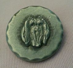 VINTAGE RAWCLIFFE PEWTER MALTESE DOG PIN DATED 1983