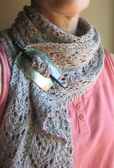 Ravelry: Autumn Days Scarf Free Pattern (pinning because I love the idea of reusing hair pins and stuff for clasping a scarf, now that my hair is too short for hair pins).