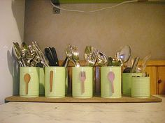 Boites de conserve Tin Can Crafts, Arts And Crafts, Crafts For Seniors, Kitchen Organization, Glass Jars, Christmas Diy, Pots, Projects To Try, Decoration