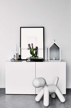 http://www.insideout.com.au/home-style/clean-contemporary/a-refined-white-and-grey-home/image-gallery/dc23ba8107ca7b7e575281ace4f9fd94?