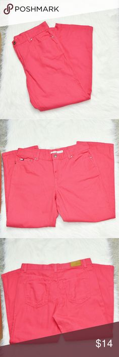 Tommy Hilfiger Pink Capris In excellent condition! Very comfortable, stretchy, and flattering! Buy 3 items and get 1 free plus 15% off your purchase total! Tommy Hilfiger Pants Capris