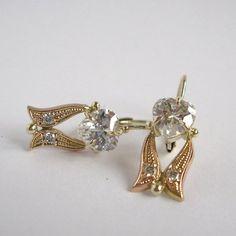 Doteky něhy a elegance (zlaté náušnice) Brooch, Elegant, Jewelry, Fashion, Classy, Moda, Chic, Jewlery, Bijoux