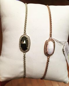 A perfect gift for her!! Kendra Scott Eve bracelet- $100  #madisonsbluebrick #downtownhotsprings #kendrascott #bracelet #jewelry #gifting #shoplocal #christmasshopping