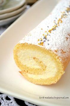 Рулеты я очень люблю. Вроде бы и празднично, но и проще делать, чем торт! Да и назовем на французский манер, получится полено. О как! :)) Это вам не рулетик какой-нибудь, а само праздничное Полено :)) Ну раз сегодня без праздника, то обойдемся рулетом. Без всяких там… Sweet Bakery, Vanilla Cake, Rolls, Food And Drink, Cupcakes, Healthy Recipes, Cooking, Ethnic Recipes, Kitchens