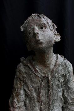 Jurga Sculpteur, https://fbcdn-sphotos-g-a.akamaihd.net/hphotos-ak-prn1/67154_10151498052254899_1600939235_n.jpg