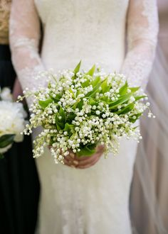 For this garden wedding in Bel-Air, the bride carried a small bouquet of lily of the valley. | Bob Gail Events #bridalbouquet #gardenwedding Lily Of The Valley Bridal Bouquet, Garden Theme Cake, Different Types Of Flowers, Garden Party Wedding, Small Bouquet, Kew Gardens, Better Homes And Gardens, Wedding Events, Weddings