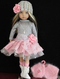 Beautiful Dolls For Decoration discovered by Froylan B LaBorde Imagen de decoration and dolls American Girl Outfits, American Doll Clothes, Ag Doll Clothes, Doll Clothes Patterns, American Girls, Pretty Dolls, Cute Dolls, Beautiful Dolls, Child Doll