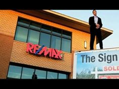 A discussion between a RE/MAX agent, his client and a competing agent sets the stage for a rap song. Visit www.remax.com to find a professional RE/MAX agent.