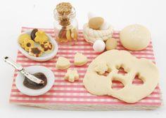 miniature cookies prep board