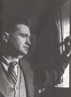 Emil Cioran Romanian expatriate philosopher and aphorist, at his Paris window, 1949 Emil Cioran, Book Authors, Books, Great Philosophers, Jean Paul Sartre, Writers And Poets, The Lives Of Others, Charles Darwin, Portraits