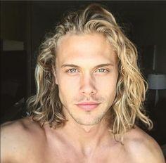 Hipster Haircut For Men Blonde Guys, Blonde Hair, Leonardo Dicaprio Hair, Hipster Haircut, Mode Man, Beard Haircut, Faded Hair, Editorial Hair, Haircuts For Men
