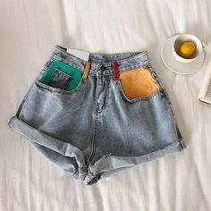Retro Denim Shorts — us Stylist Tips: Pair these hand painted retro shorts with a cute graphic tee and sandals or sneakers. Fit/Detailing: True to size Denim Cotton SEE DETAILS. Painted Shorts, Painted Jeans, Painted Clothes, Diy Clothes Paint, Clothes Crafts, Hand Painted, Mode Vintage, Vintage Denim, Vintage Shorts
