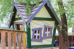 Treehouse Stock Photos, Illustrations and Vector Art - Page 2 | Depositphotos®