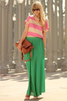 Pink and green, summer can be so fun. #mode #fashion #streetstyle #streetfashion #summerstyle #summerfashion