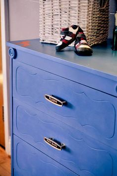 Day 17 - Greek Blue, by Tania Trudel, owner of L'atelier-boutique Aube Creations north of Montréal.