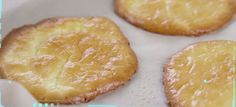 """This zero-carb """"cloud bread"""" is perfect for sandwiches. Best of all, you only need 3 ingredients to make it! Cloud Bread, Pineapple, Sandwiches, Muffin, Paleo, Healthy Recipes, Fruit, Breakfast, Flat Bread"""