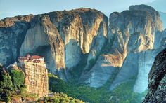 """THE METÉORA, GREECE - These Destinations Aren't on Your Bucket List €""""but They Should Be 