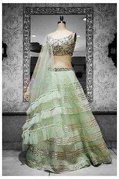 Glamorous and effortlessly luxe, that's how we like keeping all our ✨✨ Pakistani Dresses, Indian Dresses, Indian Outfits, Designer Bridal Lehenga, Bridal Lehenga Choli, Designer Party Wear Dresses, Indian Designer Outfits, Indian Wedding Gowns, Wedding Dresses