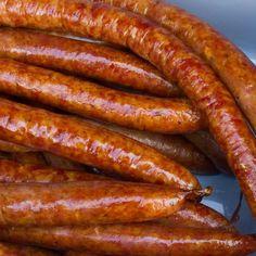 Smoked Italian Sausage Recipe - Directions for a Bradley Smoker Polish Sausage Recipes, Homemade Sausage Recipes, Smoked Sausage Recipes, Dog Recipes, Homemade Pastrami, Dried Sausage Recipe, Smoked Kielbasa Recipe, Farmer Sausage, Smoked Cheese