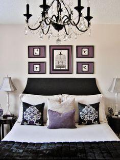 Une tête de lit noire et simple en unisson avec le design d'intérieur