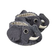 Give your little one the kind of cozy an elephant would never forget with these charming booties, made from Eco-friendly felted wool. Not intended for sleepwear. Due to the handmade nature of this ite