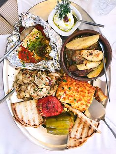 The Must-Eat Foods of Athens, Greece - Honest Cooking Mykonos, Santorini, Greece Food, Food Tasting, Greek Recipes, Foodie Travel, Athens Greece, Food Porn, Healthy Recipes