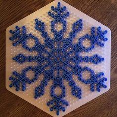 Winter snowflake hama perler beads by prettyprintscl Christmas Perler Beads, Diy Perler Beads, Perler Bead Art, Pearler Bead Patterns, Perler Patterns, 8bit Art, Peler Beads, Iron Beads, Melting Beads