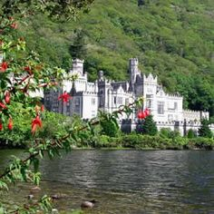 Spiritual Retreat  - this one is in Ireland. Oh this would be awesome to go to. I am Irish n hv always wanted to go.