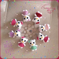 Simon of weaves Crochet Keychain Pattern, Crochet Patterns Amigurumi, Crochet Dolls, Crochet Cupcake, Love Crochet, Hello Kitty Keychain, Hello Kitty Crochet, Cute Keychain, Crochet Diagram