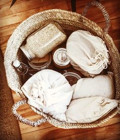 Zero waste shopping is not only good for the planet, it's just beautiful! Zero waste shopping is not only good for the planet, it's just beautiful! Zero Waste, Reduce Waste, Minimalism Living, Reduce Reuse Recycle, Green Life, Minimalist Decor, Minimalist Kitchen, Minimalist Interior, Modern Minimalist