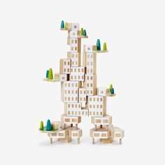 Build the world you want to see with Blockitecture®, a set of architectural building blocks. Cantilever and nest hexagonal blocks to create towers, cities and dwellings. This deluxe 20-piece set adds