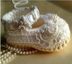 Crocheted baby slippers