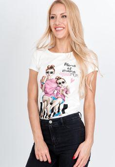 Bavlnené biele tričko s potlačou Mama of Drama, krátkymi rukávmi a z príjemného materiálu. Drama, Mom, T Shirt, Fashion, Supreme T Shirt, Moda, Tee Shirt, Fashion Styles, Dramas