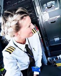Resultado de imagen para piloto de avion sexy