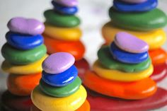 Stones painted in rainbow colours
