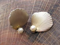 Vintage Gold Tone Metal Seashell Clip On by GrayGatorVintage, $10.00