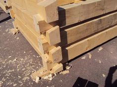 framing a log cabin with dovetails | Half-dovetail Joint