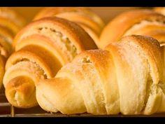Gyors vajas kifli - YouTube Heritage Recipe, Hot Dog Buns, Food Videos, Muffin, Rolls, Breads, Recipes, Youtube, Bread Rolls