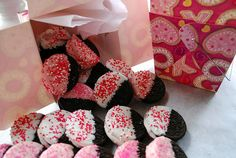 Valentine Oreos