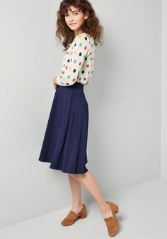 You'll definitely have that swing when you step out in this midnight blue midi skirt! Part of our ModCloth namesake label, this circle skirt touts a. Curvy Fashion, Modest Fashion, Plus Size Fashion, Fashion Looks, Fashion Outfits, Womens Fashion, Fashion Fall, Apostolic Fashion, Modest Clothing