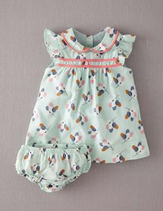 Mini Boden 'Pretty Tea' Dress Bloomers (Baby) available at Baby Outfits, Toddler Outfits, Kids Outfits, Baby Girl Fashion, Kids Fashion, Bebe Love, Baby Bloomers, Kid Styles, Little Girl Dresses