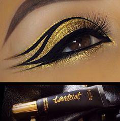 Egyptian Eye Makeup, Cleopatra Makeup, Gold Eye Makeup, Eye Makeup Art, Eyeshadow Makeup, Maquillage Halloween, Halloween Makeup, Eyeliner, Sugarpill Cosmetics