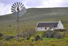 .. Abandoned Houses, Abandoned Places, Pioneer House, African House, Old Windmills, Best Barns, Vernacular Architecture, Old Farm Houses, Out Of Africa