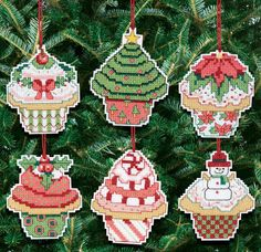 Plastic Canvas - Christmas Cupcake Ornaments Counted Cross Stitch Kit - Set Of 6 14 Count Plastic Canvas Christmas, Plastic Canvas Crafts, Plastic Canvas Patterns, Counted Cross Stitch Kits, Cross Stitch Embroidery, Embroidery Patterns, Embroidery Thread, Cross Stitching, Cross Stitch Christmas Ornaments