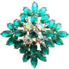 Emerald Green Rhinestone Brooch Pin Vintage Open Back Navettes